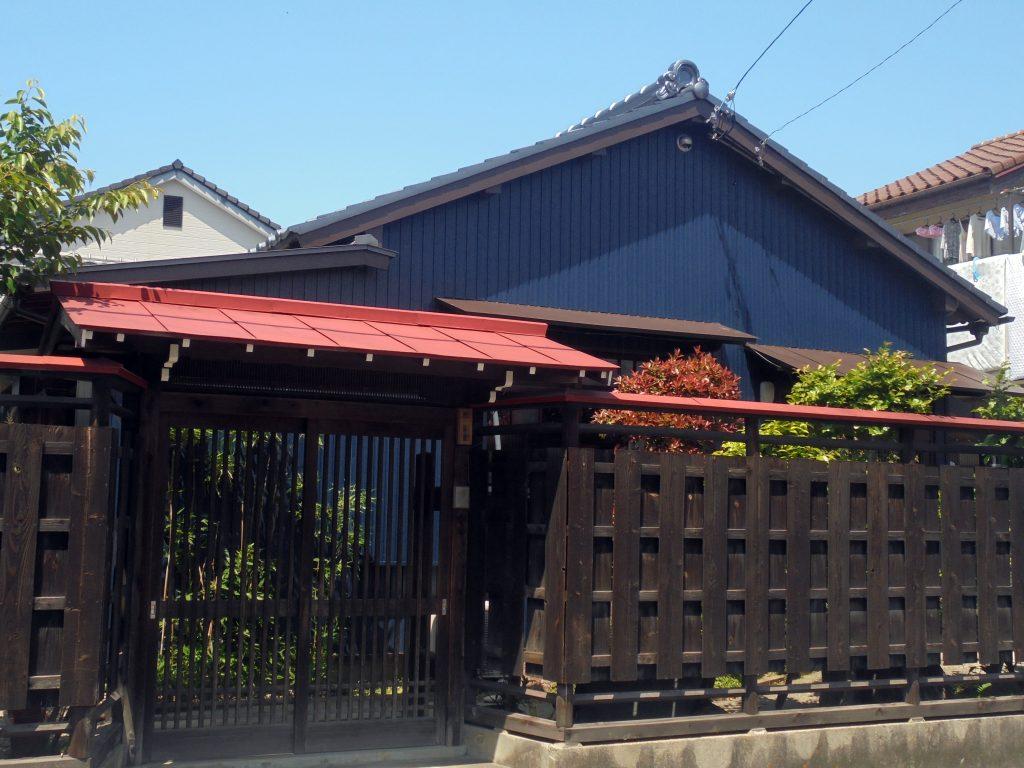 北名古屋市h様邸 外壁トタン貼り屋根瓦葺き替え 愛知岩倉一宮