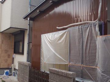 加藤様邸モルタル面上塗りトタン面下塗り。_190123_0002