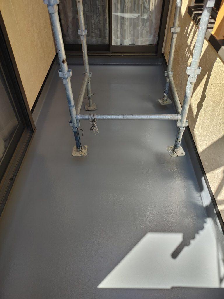 伊藤様邸、外壁補修、屋根釘うち、ウレアックス上塗りです。_210406_10